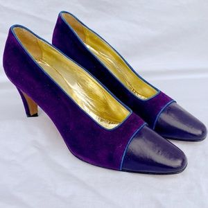 VINTAGE Purple suede Escada heels